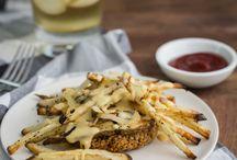 FOOD: veggie burgers / by Sara Habein