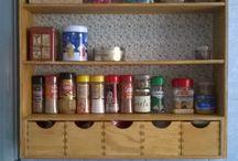 Mueble para las especias y el te