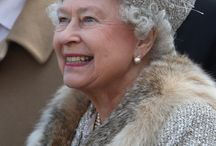 THE QUEEN OF ENGLAND!!!!!!   / HOW AWESOME DOES THIS QUEEN STAY......