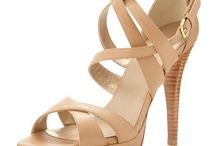 Shoes/Sandals/Flats/High-Heels/Boots/and more... Sapatos/Sandálias/Saltos-altos/baixos/Botas/chic/casual, etc... / Shoes!  / by Autumn Rose