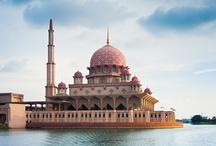 Islamic Art & Architecture  / by Reena Haizam
