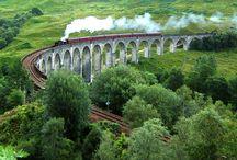 Filmdrehorte in Schottland / Highlander, Braveheart, Rob Roy, James Bond – die schottischen Highlands dienen seit Jahrzehnten als Kulisse für international erfolgreiche Filme. Die einzigartige Landschaft und Kultur haben schon Filmemacher aus aller Welt ins Land gelockt.