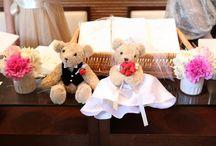 【先輩花嫁の実例に学ぶ】ウェディングドールの飾り方 / 結婚式の受付で、ゲストの皆さんをお迎えするウェディングドール。「どうやって飾ればいいの?」と不安な方も多いはず。そこで、先輩花嫁様の実例を集めてみました。とっても参考になりますね!