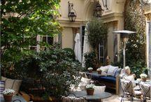 Courtyard Restaurants+Cafes