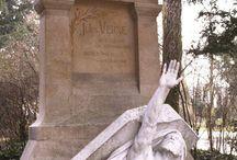 Conmemorativos / Esculturas, pequeños monumentos, templos y tumbas