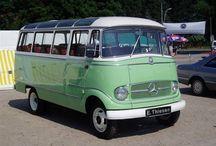 Mercedes minibus O 319