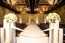Ceremony :: Indoor / From 10 or 500+ guests, experience the beauty and glamour of our spectacular venues including premiere ballrooms with panoramic views of the downtown San Diego City and Bay.