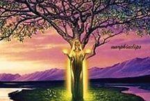 Árbol  con figura de mujer