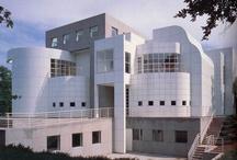 RM 1984 Des Moines Art Center Addition, Des Moines, Iowa 1982 - 1984 / RICHARD MEIER  DES MOINES ART CENTER 4700 GRAND AVE DES MOINES, IOWA 515.277.4405