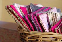 Couture lingettes lavables / Couture lingettes lavables pour démaquiller le visage ou pour laver bébé. Idées d'étuis pour les lingettes. Lingettes en éponge coton bambou... Lingettes écologiques et économiques