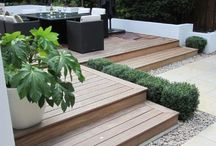 How to build a deck / A wooden deck is comfortable and looks attractive. Find some inspiration for building a wooden deck or patio.  #Skilhelps