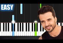 PIANO / Mestadels stycken i pianoform