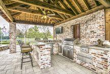 Backyard Retreats / Swoon-Worthy Backyard Retreats. Listing by The Paulette Greene Group with Ebby Halliday in DFW.
