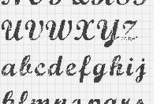 Alfabetos ponto de cruz