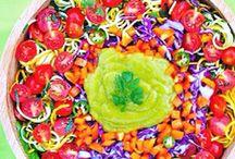 Vegan Raw Meals / by Lucie Bertuleit