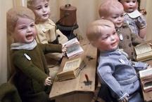 Muñecas y juguetes / Delicias infantiles ayer, colecciones hoy / by Virginia Hernández