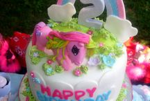 Scarlett Cake Idea