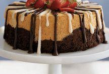 cakes / by Sandie Benson
