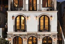 Architecture: Classic