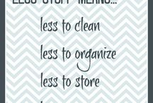 Decluttering Tips / Decluttering and organizing ideas for the home. Organizing DIY tips and ideas. Simple living. Minimalist living for families. Less really is more.