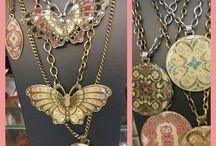 Украшения магазина Иберо / Украшения, камни, серьги, браслеты, шарфы, палантины