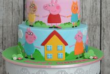 Peppa and frozen cake