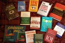 Libros Favoritos / El mejor regalo que puedes hacer es: regalar un libro. Aquí algunos favoritos.