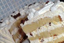 Torták és krémes szeletek