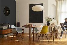 Vitra bei Quadrat Einrichtungen / Seit über 60 Jahren in Familienbesitz, bietet der Möbelhersteller Vitra eine Vielzahl an kreativen und individuellen Lösungen für Ihr Heim, Büro oder öffentliche Räume. Das Schweizer Unternehmen geizt nicht mit Ideen, wodurch immer wieder neueste Möbel gestaltet werden. Besonders hervorzuheben in der Kreativfabrik sind Charles und Ray Eames.