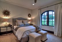 BedRooms&Bedding&Decor / by Kim Mabie