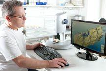 LABOR / Die Ordination von Dr. Cora Haller-Waschak in Wien verfügt über ein eigenes Dentallabor. Die Vorteile eines eigenen zahntechnischen Labors im Hause liegen auf der Hand: Zahntechnische Varianten werden direkt vor Ort beim Patienten angepasst, Nuancen in Farbe, Ausführung, Passform und Feinschliff maßgeschneidert abgestimmt.  http://www.dieaerztin.at/dentallabor-zahnarzt-wien.php