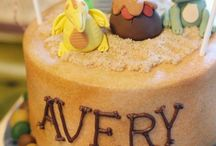 Party: Good dinosaur cakes & sweets