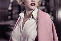 Marilyn Monroe / Marilyn and her absolute stunning innocence and beauty.
