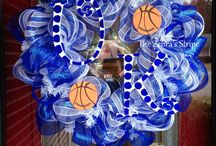 Wreaths / by Stephanie Hackney