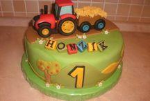 tractoros, autós torta