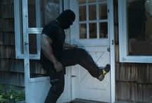 Home Invasion, Crime In The News / Latest news of home invasions and home burglaries. Tighten your home security with EZArmor.com!