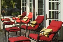 Commercial Outdoor Pool Furniture / Check out some of the commercial outdoor furniture applications that we have done and get some inspiration on designing your commercial outdoor setting, whether it be an HOA pool, a hotel beach front or restaurant we are sure you'll be happy with Windward.