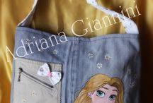 Le nostre borse dipinte a mano / Queste borse sono totalmente realizzate a mano da me e mia figlia come fattura e come dipinti ♥