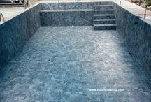 หินธรรมชาติ Silver grey quartzite ขนาด 10x10 cm. ใช้ติดตั้งปูสระว่ายน้ำ
