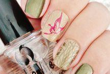 Nails / Νυχια
