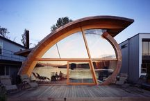 Staying Afloat / Floating homes, house boats - living on the water in its various forms