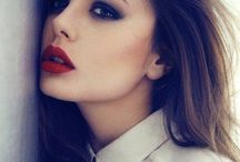 Red lips x