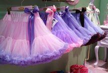 Petticoats for kids! / Mooie petticoats voor de kleinere dames.