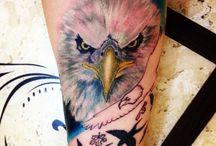 #águia #new_tattoo #Eagle / Mas os que esperam no SENHOR renovam as suas forças, sobem com asas como águias, correm e não se cansam, caminham e não se fatigam. Isaías 40:01