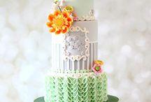 Украшение боков торта