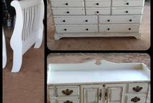 Distressed furniture / Distressed furniture