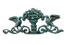 Karara Mujassme Cast Iron Decorative Items