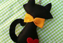 Felt cats, dogs, mouses