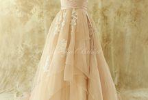 Idées de robes / Robes pour mariage estivale, non conventionnel.