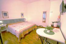Camere matrimoniali / Le camere matrimoniali di Outlet Sweet Venice, il tuo bed and breakfast a Venezia Mestre.